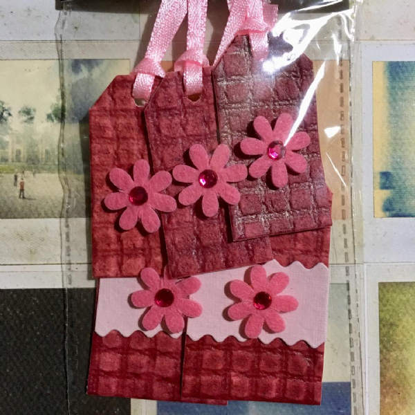 Craftime Floral Tags Pink